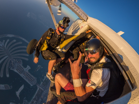 Tandem skydiving at Skydive Dubai Palm dropzone14