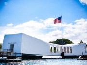 201207013-1600-hawaii-pearl-harbor-uss-arizona-memorial-1346468149