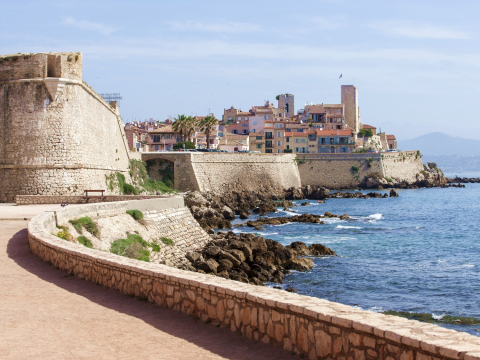 France_Antibes_Fort_Carre_shutterstock_428000551
