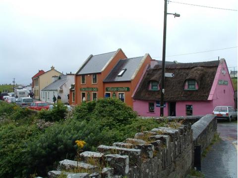 Ireland_Doolin_shutterstock_89017