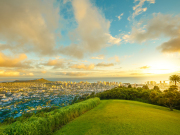 US_Hawaii_Oahu_Tantalus_lookout_shutterstock_593617097
