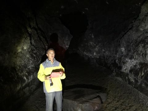 カウマナ溶岩トンネル6