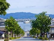 Hokkaido_Hakodate_Hachiman-zaka slope_shutterstock_668190400