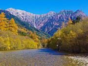 梓川と保高連峰
