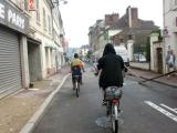 ジヴェルニーに到着。自転車に乗って出発です。