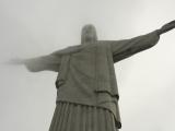 雲の間に見えたキリスト像