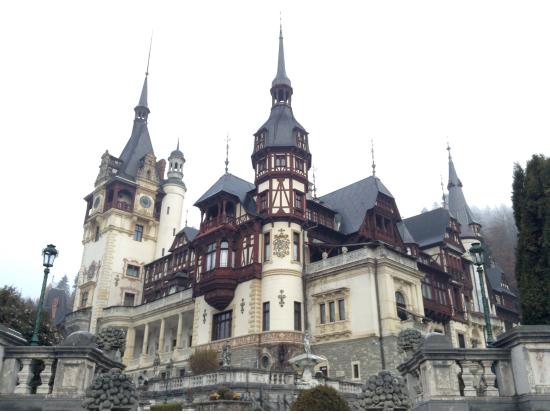 ルーマニア旅行の観光・オプショナルツアー予約 VELTRA(ベルトラ)ルーマニア旅行の観光・オプショナルツアー予約 VELTRA(ベルトラ)