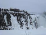 アイスクライミングもできる、モンモランシーの滝