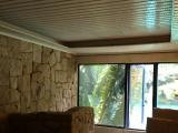 浴室は二階建て構造で、階下が露天風呂です