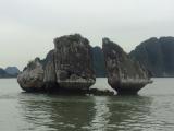 有名な鳥のつがいのように見える岩です