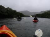 雨のカヌー