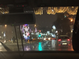 雨でしたが、空港からホテルに行く車の中から撮影