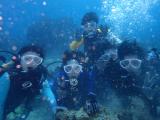 海の中での記念写真サービス(料金に込み)