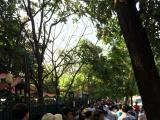 日曜日だったのでホーチミン廟は大行列でした。