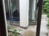 メイクルームを出たら、チラリとミネラル浴場が見えたのでパシャリ、カメラで撮りました