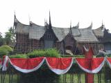 タマンミニ:34州分のパビリオンがあります。インドネシア文化を一望。