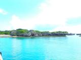 港から見る海と火番盛タカニク