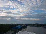 雲が多くて夕日は見れず