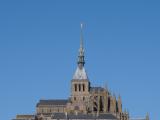 避雷針の聖ミカエル像もはっきりと見えました。
