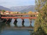 グラッパ酒の里 Bassano Del Grappa Ponte Vecchio ヴェッキオ橋の風景