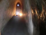 クチトンネル内部(観光用に広げられています)
