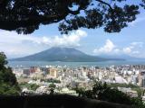 城山から錦江湾を望む