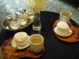 ウエルカムドリンク。冷たくて甘いお茶。