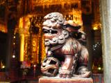 清水祖師廟。緻密な木彫り彫刻。この後、おみくじ。