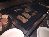 お肉は焼き方次第で柔らかいですよ!