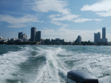 スピードボートでラン島へ