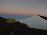 マウナケア山頂にてブルーモーメント(?)の一瞬