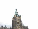 冬季はプラハ城も混んでいなくて、待ち時間なしで観光できます。