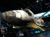 本物のシャトルを間近で見られます!