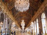 観光客のいない鏡の回廊