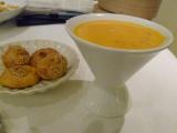ぷるぷるのマンゴープリンが 大きなカップにたっぷり!でした。