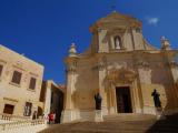 チタデルの大聖堂。青空にマルタストーンが最高でした