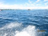 予想外のスピードボートで島に移動中の写真です。いい写真じゃなくてすみません。
