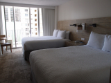 家具の配置が微妙なホテルでしたが、上手く空間を利用して下さいました