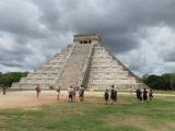 ピラミッド遺跡。事故があり今は登れない。