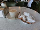 カフェ・デ・モンドのベニエはあまりにも有名だがただの揚げパンに思えた