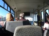 バスの中もまぁまぁ広かったです。