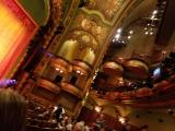 シネコンのような日本の劇場とは違います