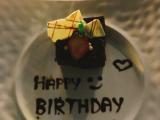 お誕生日ケーキ(ビュッフェの後には丁度いい量でした)