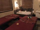 落ち着いた雰囲気の綺麗なお部屋です。